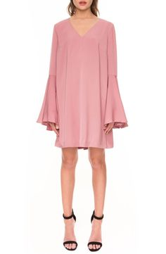 So pretty in pink! Flattering front darts and voluminous bell sleeves style this retro-inspired shirtdress perfect for afternoon drinks or a romantic dinner out.