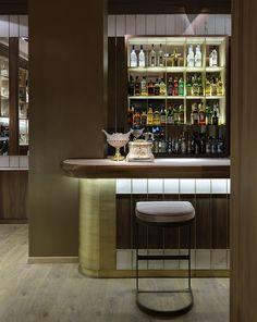 Baiser Bar in Xanthi by Minas Kosmidis-Architecture In Concept Restaurant Lounge, Restaurant Design, Kitchen Wet Bar, Luxury Bar, Bar Interior Design, Cafe Bar, Contemporary Interior, Luxury Furniture, Modern Design