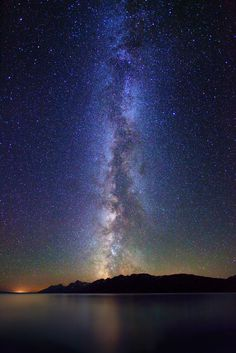 Ladies and Gentleman - the Milky Way Galaxy.  Like a good mystery, love outer space?  Us too.  http://ufowisconsin.com/outer-space-best-gift-ideas-list-2012.html