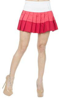 Fusta Dama Summer Color  Fusta dama scurta. Model inspirat, cu pliuri si culori indraznete, dovada a feminitatii si originalitatii.     Lungime: 38cm  Latime talie: 36cm  Compozitie: 62%Poliester, 35%Vascoza, 3%Lycra