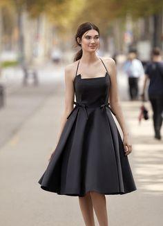 Vestidos de fiesta Carla Ruiz 2018 negro Formal Dresses For Men, Tight Dresses, Short Dresses, Girls Dresses, Outfit Vestido Negro, Girl Sleeves, Purple Dress, Designer Dresses, Ideias Fashion
