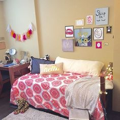 After years planning out my dorm room on Pinterest, it has come to life! I'm so happy with the outcome #dorm #dormroom