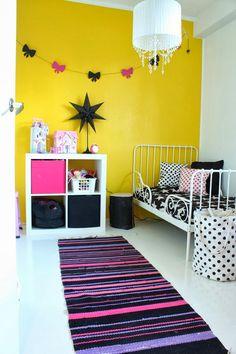 Valoisaa vaaleaa Kids Bedroom, Room Inspiration, Kids Rugs, Bedrooms, Girls, Home Decor, Yellow, Decoration Home, Kid Friendly Rugs