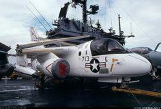 Lockheed US-3A Viking COD