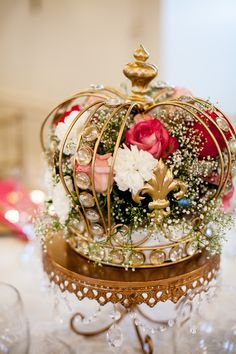 Gold Chandelier Cake Stand / Wedding reception centerpiece idea. Floral Crown centerpiece. Royal theme wedding. The Lord crowns us with love. Psalm 103. Crowned with love wedding theme.