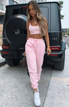 Tied together sweatpants pink white fox boutique usa topshop high waist cotton blend sweatpants Cute Lazy Outfits, Teenage Outfits, Teen Fashion Outfits, Pink Outfits, Outfits For Teens, Trendy Outfits, Vintage Outfits, Baddie Outfits Casual, Girly Girl Outfits