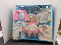 NOS Vintage All Original Uneeda BABY LYNN Vinyl Baby Doll With Complete Layette! #Uneeda #DollswithClothingAccessories