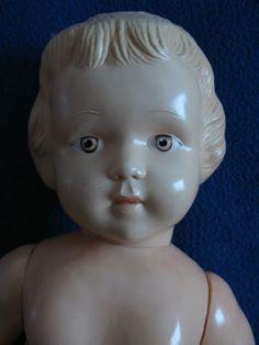 sehr-seltene-antike-Celluloid-Zelluloid-Puppe-Maedchen-Pueppchen-Russland-Marke