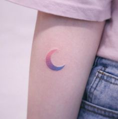 A gradient crescent moon by Saegeem moon tattoo 60 Gorgeous Girly Tattoos That'll Convince You to Get Inked - Straight Blasted Mini Tattoos, Little Tattoos, Trendy Tattoos, Unique Tattoos, Body Art Tattoos, Small Tattoos, Tattoos For Women, Tatoos, Awesome Tattoos