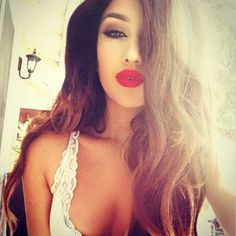 Red Lips Makeup - Cat Eyeliner - Long Hair