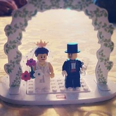 Love in Lego: This Lego topper is the perfect way to embrace your inner child on your big day. Source: Instagram user francjtal
