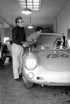 """James Dean (with friend / mechanic Rolf) and his 1955 Silver Porsche 550 Spyder - """"Little Bastard"""" Rolls Royce, Classic Hollywood, Old Hollywood, Hollywood Actresses, Porsche 550 Spyder, Porsche 924, Rockabilly Moda, Rockabilly Cars, Volkswagen"""