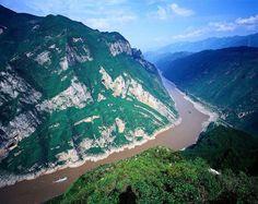 Profitez d'un voyage inoubliable en faisant une croisière de Yangtsé et en visitant des Monts Huangshan.