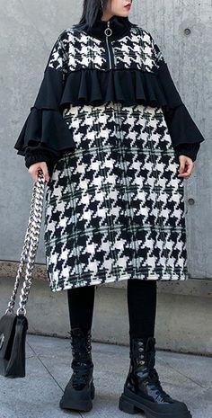 Casual Dresses For Women, Clothes For Women, Iranian Women Fashion, Dress Stand, Autumn Clothes, Mode Hijab, Warm Outfits, Winter Coats Women, Women's Fashion Dresses