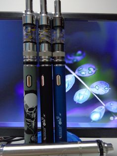 MJTech OLA X is an attractive ecigarette Kit. Big battery capacity, adjustable voltage form 3.3V to 5.5V, two charger ways.