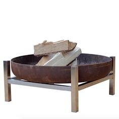 Lovely rustic firepit. Perfect for sitting around in winter evenings. Make the most of your gardens #gardens4life
