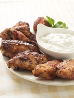 These Thai curry buffalo wings are flavorful, spicy, and pack quite a punch! Serve these wings with some cool ranch or blue cheese dipping sauce. These make a great party appetizer, so don't hesitate to serve it then, too! Rib Recipes, Cooking Recipes, Game Recipes, Turkey Recipes, Yummy Recipes, Recipies, Pollo Cajun, Salsa Alfredo, Football Food