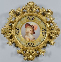 Framed Royal Vienna porcelain plate of the Duchess of Devonshire (1757-1806)