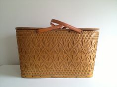 Vintage Redmon Picnic Basket with Pie Shelf and Dish Set Spring Summer farmhouse