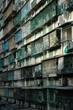 Architecture of Doom Ancient Greek Architecture, Classical Architecture, Kowloon Walled City, Abstract City, Cityscape Art, Urban Life, Slums, Urban Landscape, Scenery