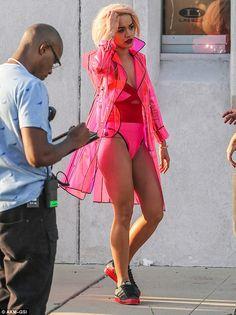 Pvc Raincoat, Hooded Raincoat, Vinyl Raincoat, Red Swimsuit, Rita Ora, Rain Wear, Girls In Love, Oras, Star Fashion