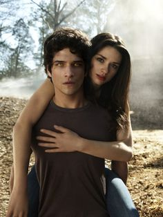 Crystal reed looks so pretty. And Scott's eyes. Teen Wolf<3