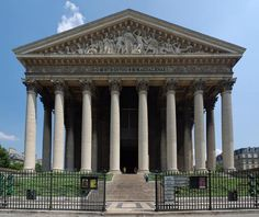 Église de la Madeleine in Paris, a Temple to the Glory of Napoleon's Grande Armée First French Empire, Temporary Structures, Famous Buildings, Empire Style, Classical Architecture, Ancient Architecture, Free Things To Do, Neoclassical, Arquitetura
