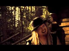 KORPIKLAANI - Rauta (OFFICIAL VIDEO)    ROCK that Hurdy Gurdy!!