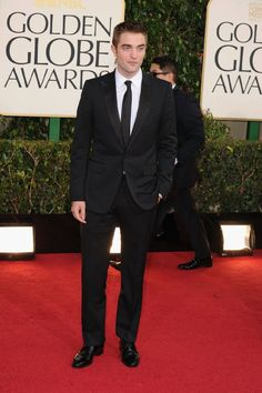 Robert Pattinson. This man, in a suit, slays me.