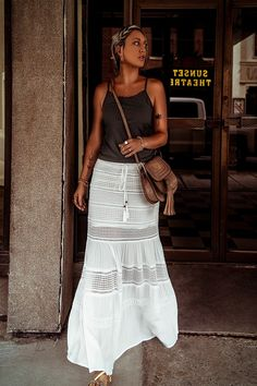 Maxi Skirt Outfit Summer, Lace Skirt Outfits, Maxi Skirt Boho, Bohemian Skirt, Boho Outfits, Bohemian Style, Boho Chic, Summer Outfits, White Maxi Skirts