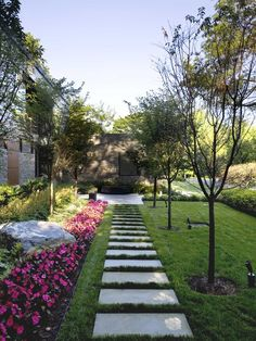 Front Walkway Landscaping Design