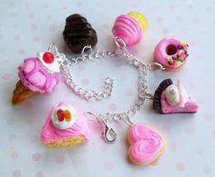 pulsera dulces de arcilla de polímero rosado por ScrumptiousDoodle