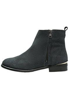 Booties Sixtyseven OXFORD - Korte laarzen - black Zwart: € 124,95 Bij Zalando…