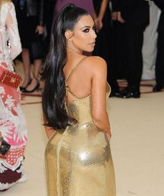 How to copy Kim Kardashian's sleek half-up hairstyle Easy Hairstyles For Long Hair, Sleek Hairstyles, Long Hair Cuts, Celebrity Hairstyles, Long Hair Styles, Kim Kardashian Ponytail, Kardashian Style, Kardashian Jenner, Kylie Jenner