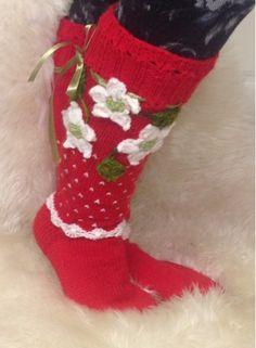 Satumaisia sukkia