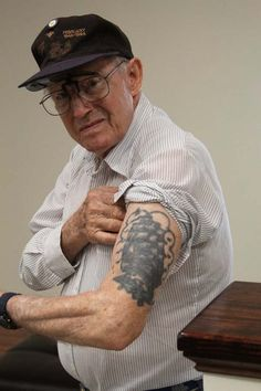 """To all those people who say """"what the hell are you going to do when your 80 with your tattoo all saggy and ugly"""" nah fuck you I think this guy is damn awesome and his tattoo looks great :)"""