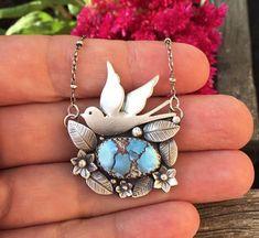 Jewelry Quotes, Jewelry Art, Vintage Jewelry, Turquoise Pendant, Turquoise Jewelry, Artisan Jewelry, Handcrafted Jewelry, Stylish Jewelry, Silver Pendants