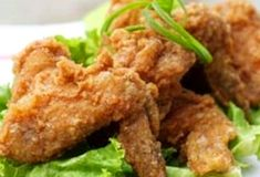 Chinese Spiced Fried Chicken I had a similar dish recently at a wedding buffet at one of our Waikiki Hotels. Knowing this hotel a popular C...