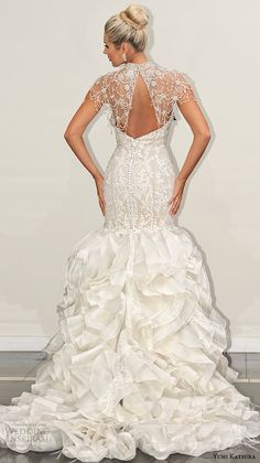 yumi katsura s2016 bridal strapless sweetheart neckline filigree lace champagne color off white mermaid wedding dress bethany with bolero runway back view