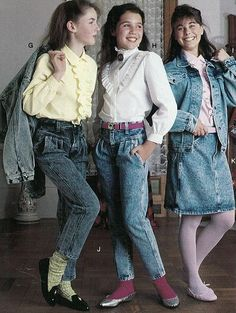 Some of the types of trends in shirts in the 1980s were shirts with slogans, dance wear, and sweater tied around the neck. Some bottom trends included parachute pants, miniskirts, and spandex. Other popular accessories were headbands, croakies, and keyboard neckties.
