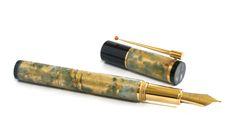 Stylo Hervé Obligi  en agate mousse,onyx et or  Fountain pen, Hard Stones and gold
