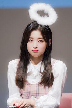"""봄_아린 on Twitter: """"181014 명동 팬싸 Bang!! #오마이걸 #아린 #ARIN… """" Kpop Girl Groups, Korean Girl Groups, Kpop Girls, Oh My Girl Jiho, Arin Oh My Girl, Girls Twitter, Cute Asian Girls, South Korean Girls, Asian Beauty"""