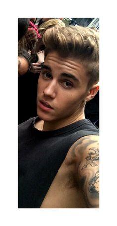 Oh geez help me! I'm gonna faint Justin Bieber Family, Justin Bieber Posters, Justin Bieber And Selena, Justin Bieber Pictures, Justin Beiber Shirtless, Justin Bieber Wallpaper, Ariana Grande Fotos, Cute White Boys, My Idol