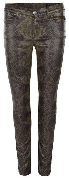 Wearing my #snakeskin pants today! Always makes me feel fierce! Come try our #BLANK NYC snakeskin black denim, #INSTORENOW