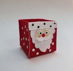 Χριστουγεννιάτικο κουτάκι δώρου απο τσόχα - DIY Christmas gift bag  Σαμαρτζή - Βιβλιοπωλείο - Hobby - Καλλιτεχνικά: ΙΔΕΕΣ ΓΙΑ ΧΕΙΡΟΤΕΧΝΙΕΣ - ΧΑΛΚΙΔΑ