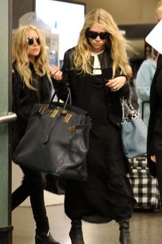 Olsen Daily — Mary-Kate and Ashley Olsen news and pictures! Hermes Birkin, Hermes Bolide, Hermes Men, Best Mens Fashion, Womens Fashion, Olsen Fashion, High Fashion, Ashley Olsen Style, Big Tote Bags