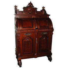 The History of the Wooton Desk
