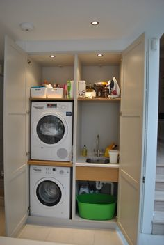 35 Make everyday tasks simple with these utility room storage ideas – bosscuu Outdoor Laundry Rooms, White Laundry Rooms, Laundry Room Bathroom, Basement Laundry, Laundry Room Layouts, Laundry Room Organization, Laundry Room Design, Utility Room Storage, Closet Storage