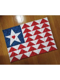 Applique Kitchen Patterns - Heart of the Land Place Mat Pattern Flag Quilt, Patriotic Quilts, Star Quilts, Quilt Blocks, Table Topper Patterns, Scrappy Quilt Patterns, Flying Geese Quilt, Small Flags, Quilt Of Valor