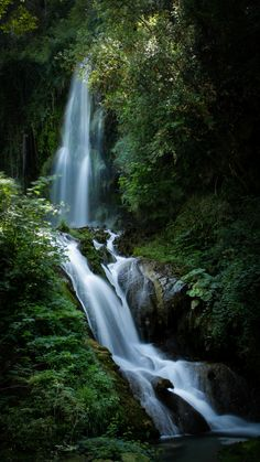 Must See: 5 Hikes With Stunning Waterfall Vistas | Never Idle Journal